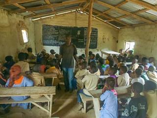 School lessons in Massarankissidou 4